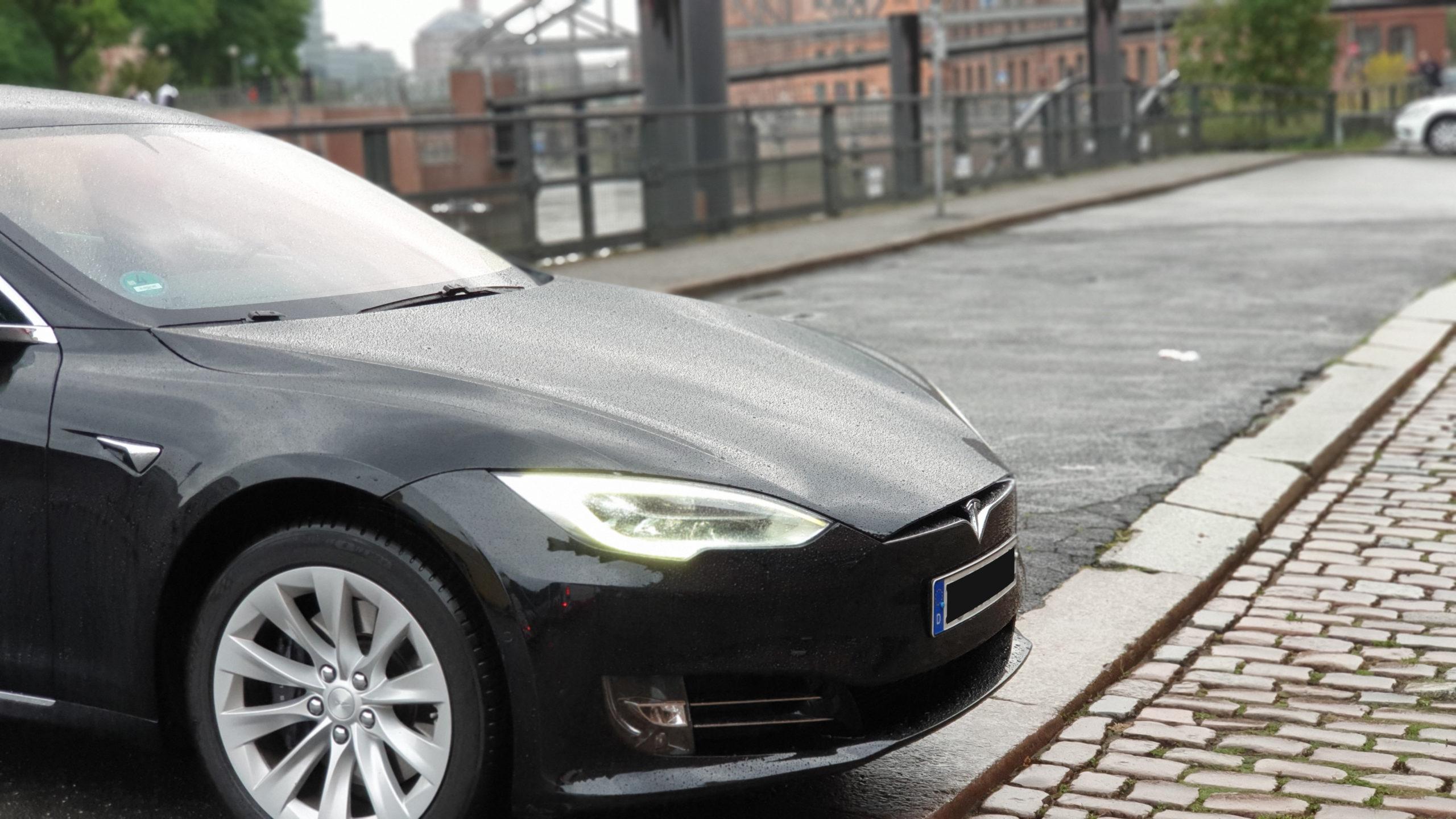 Tesla Model S in the Speicherstadt, Hamburg