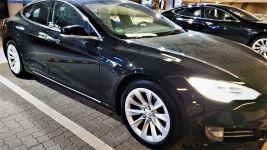 Tesla Model S returned in the UFODrive bay at Hamburg Airport
